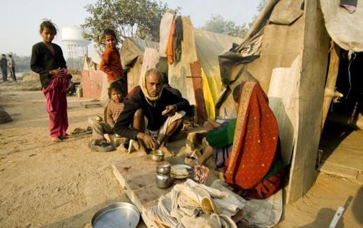 ഇന്ത്യക്കാരായ 65 പേര് നികുതി അടച്ചാല് 9 കോടി ദരിദ്രര് രക്ഷപെടും